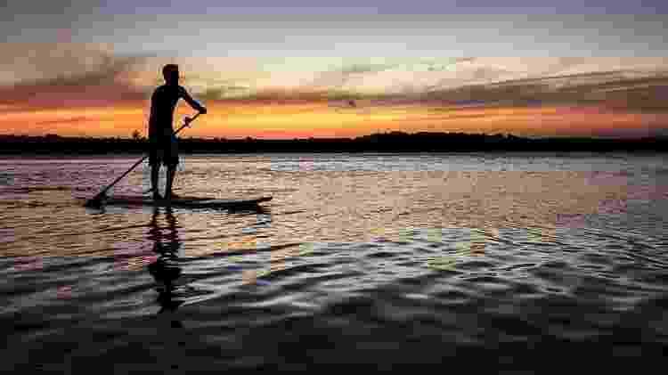 Stand-up paddle  na Lagoa Mandaú - Tom Alves
