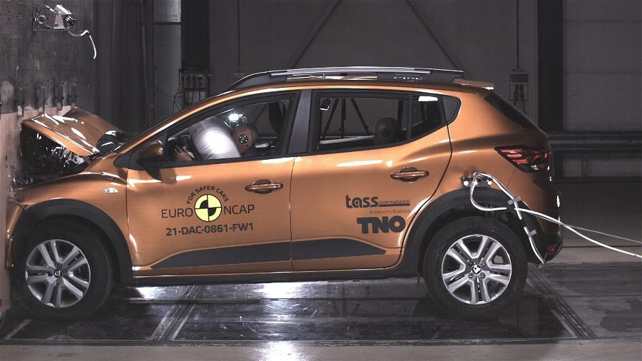 Crash test Dacia Sandero Stepway - Divulgação