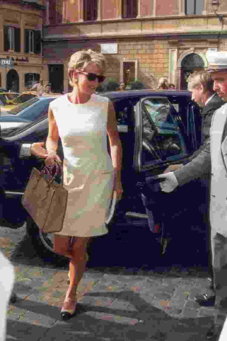 Princesa Diana com a bolsa da Gucci - Getty Images - Getty Images