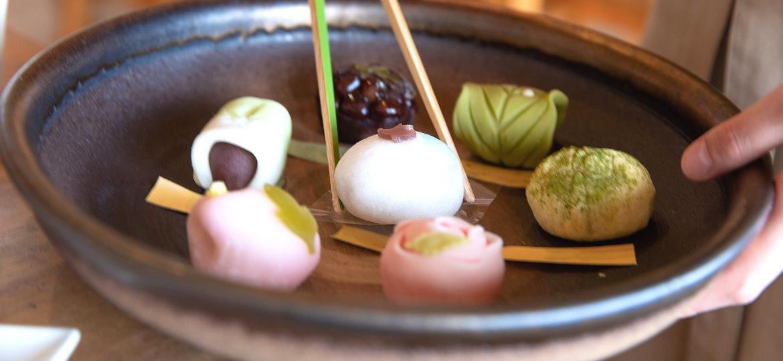 Nerikiri: doces à base de feijão branco e exemplo da confeitaria wagashi - Getty Images/iStockphoto