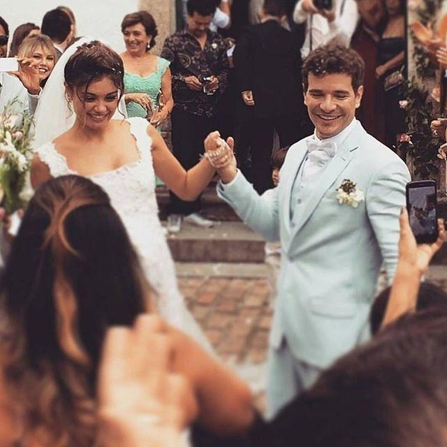 6.dez.2015 - Hugo Gloss registra os noivos Sophie Charlotte e Daniel de Oliveira em seu Instagram