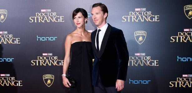 """Benedict Cumberbatch e sua mulher, Sophie Hunter, comparecem à pré-estreia de """"Doutor Estranho"""" - Frazer Harrison/Getty Images"""