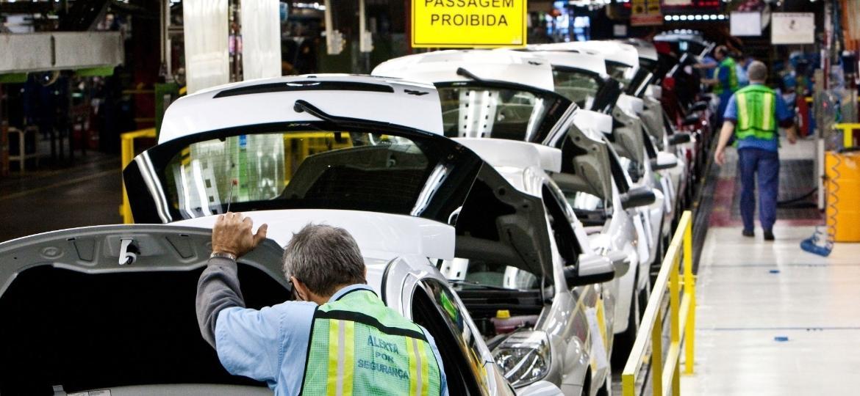 Operário na linha de montagem da Ford em São Bernardo do Campo (SP) - Rodrigo Paiva/Folhapress