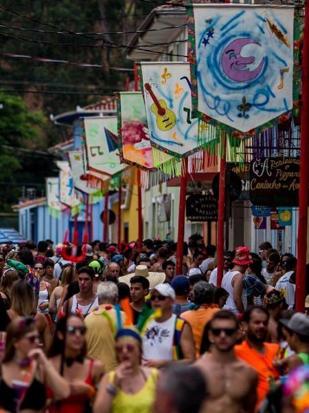 São Luiz do Paraitinga no Carnaval em 2016; em 2017, Prefeitura não teve programação oficial por falta de verba - Roosevelt Cássio /UOL
