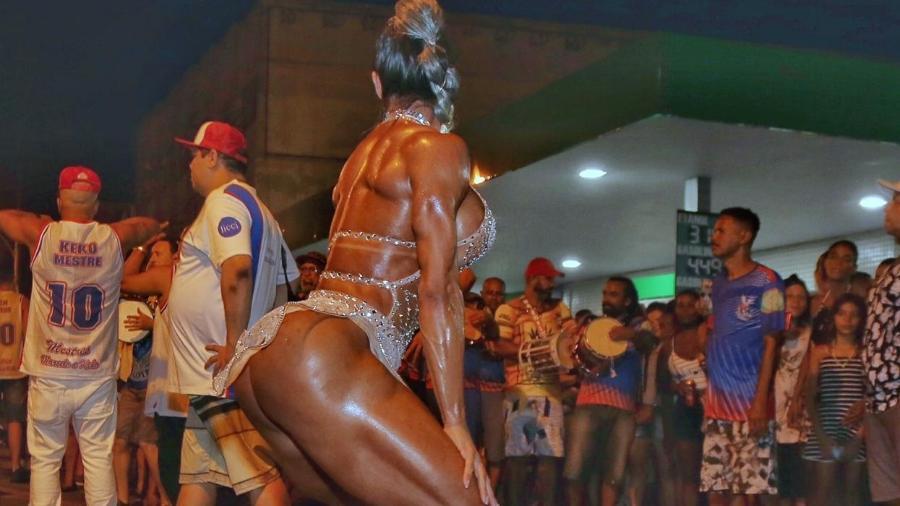 Carnaval - Magazine cover
