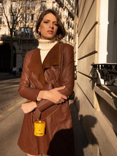 73e85fe5d É possível alugar um trench coat de couro por uma semana por R  129 Imagem   Divulgação