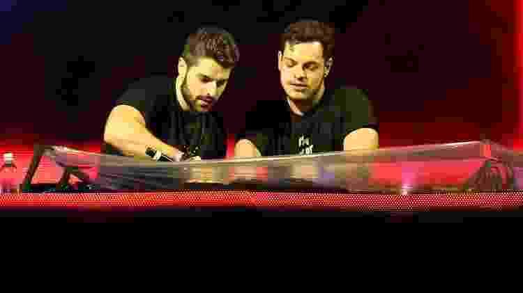 De surpresa, Alok apareceu na apresentação do irmão gêmeo Bhaskar no Lollapalooza Brasil 2019 - Manuela Scarpa/Brazil News