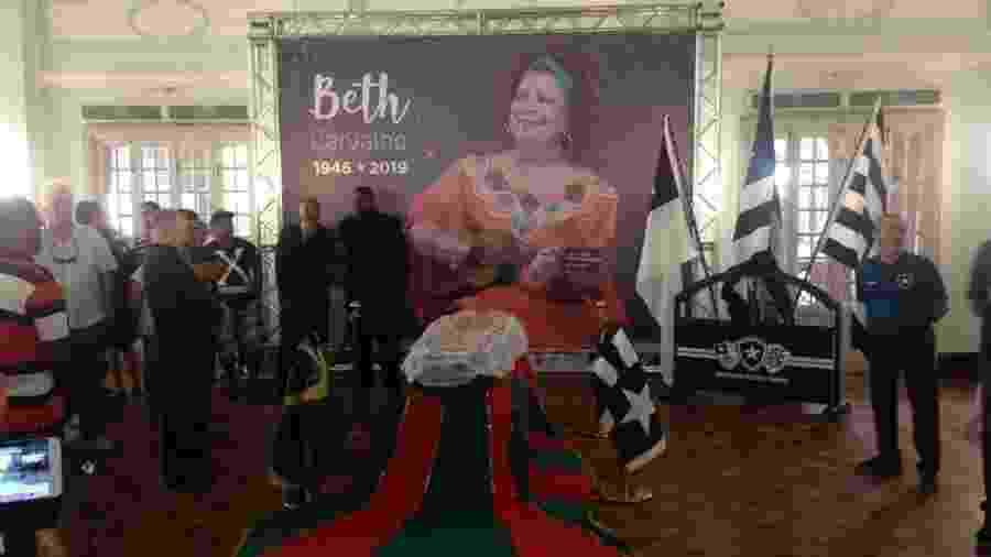 Velório de Beth Carvalho - Carolina Farias/UOL