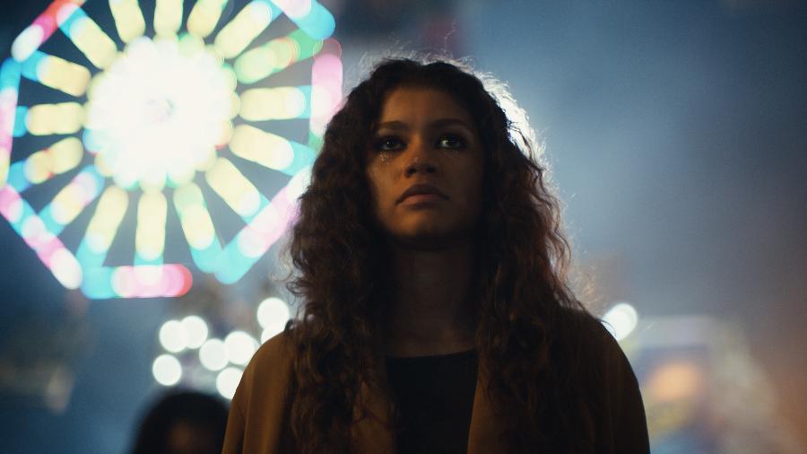 A atriz Zendaya como Rue em Euphoria, série da HBO. Na série, a protagonista é dependente química e tem problemas para lidar com a mãe em casa - Divulgação