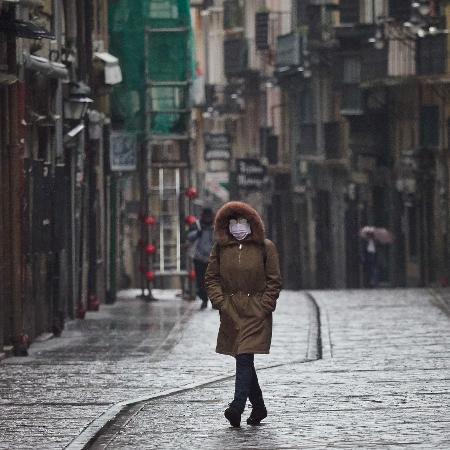 Rua de Pamplona, no Norte de Espanha, durante o surto de coronavírus  - Europa Press/Getty Images