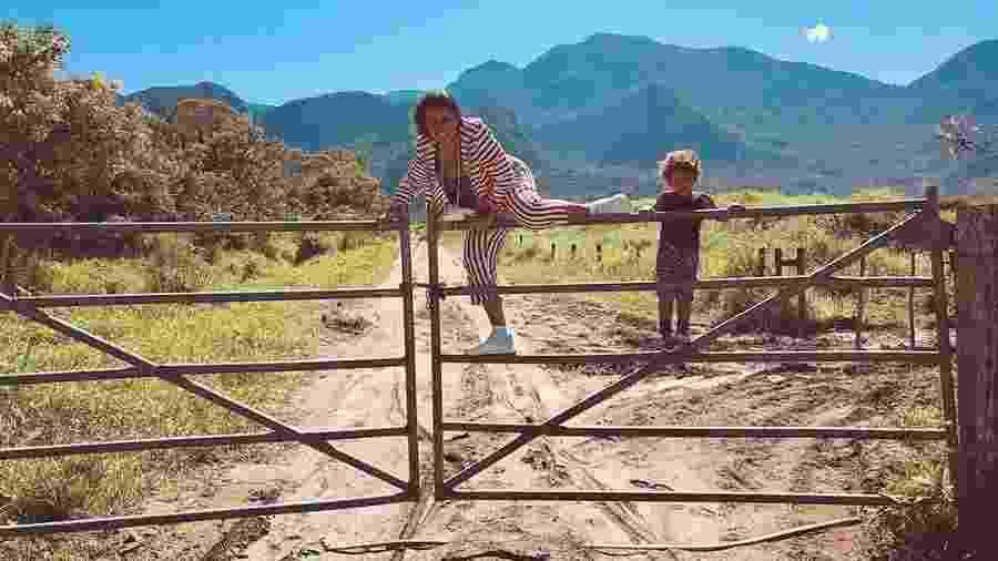 Regina Casé e o neto, Brás - Reprodução/Instagram