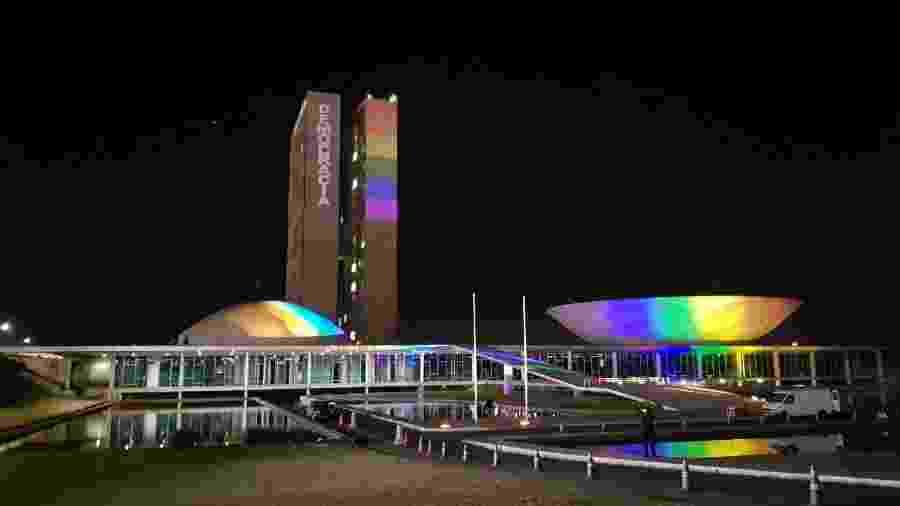 A projeção foi uma iniciativa do coletivo Brasília Orgulho, que organiza a parada LGBTQ+ na capital - Roque de Sá/Agência Senado