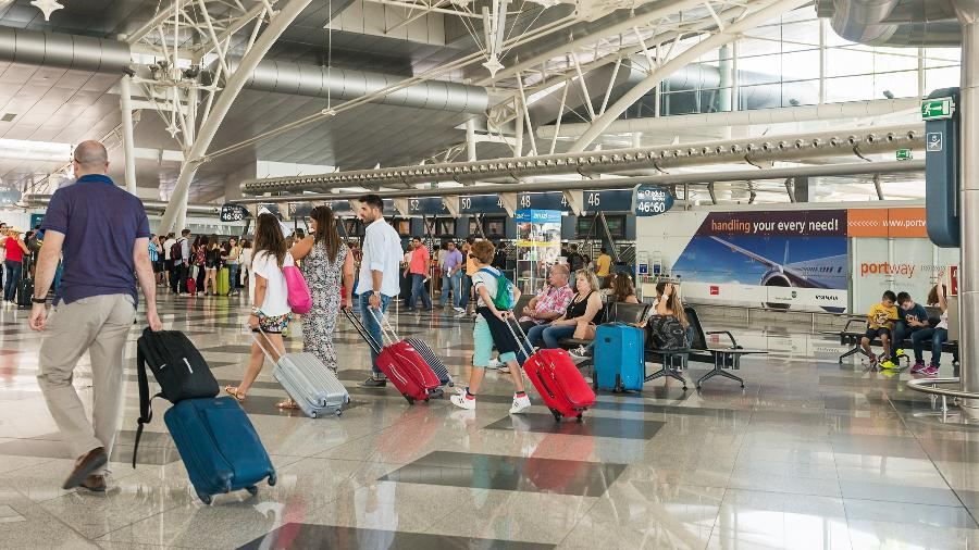 Aeroporto em Porto, Portugal - Getty Images
