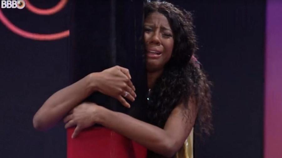 BBB 21: Camilla chora e vomita na prova do líder - Reprodução/ Globoplay