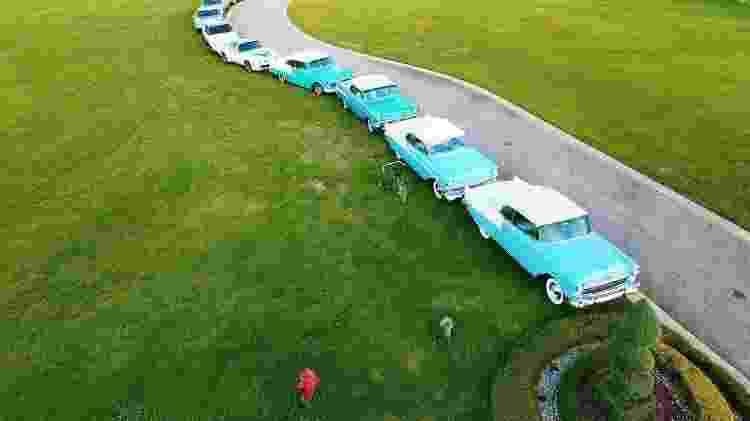 O rapper Rick Ross e os carros da sua coleção - Reprodução/Instagram - Reprodução/Instagram