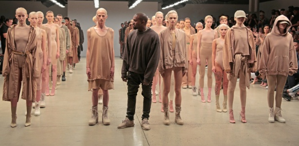 Kanye West apresentou a segunda coleção da marca Yeezy nesta quarta-feira (16) - Getty Images