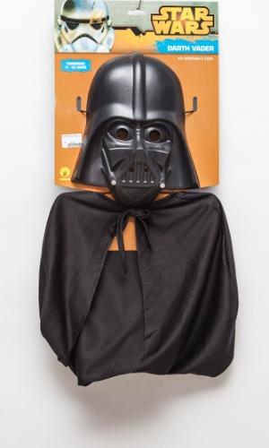 """A fantasia de Darth Vader, da saga """"Star Wars"""", custa R$ 75 na loja Brilhos e Fantasias (Ladeira Porto Geral, 127 - Centro - São Paulo)"""