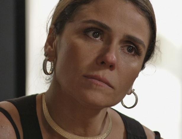 Atena (Giovanna Antonelli) planeja derrubar Gibson (José de Abreu)  - Reprodução/Globo