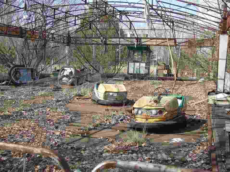 Resquícios do antigo parque de diversões da cidade de Pripyat, na Ucrânia - Justin Stahlman/Creative Commons