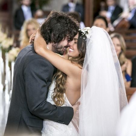 """Ritinha e Ruy se casam em cena de """"A Força do Querer"""" - Reprodução/Gshow/A Força do Querer"""
