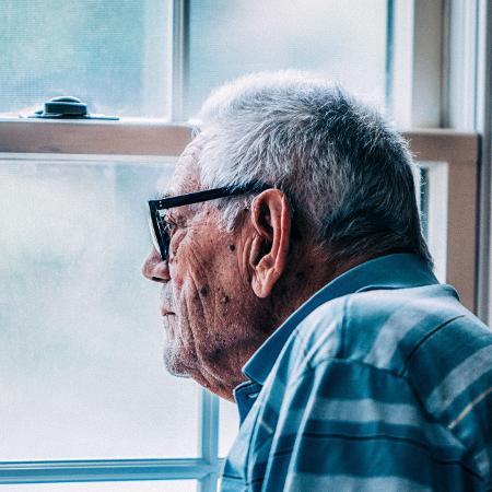 Cérebros de idosos com alguns indicadores apresentam menor capacidade de absorção de glicose - Getty Images