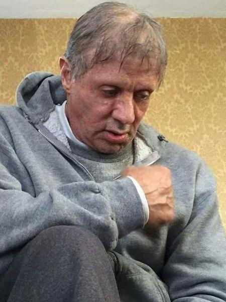 """Cena do filme """"Creed"""", onde o personagem Rocky Balboa, interpretado por Sylvester Stallone, sofre de câncer - Divulgação"""