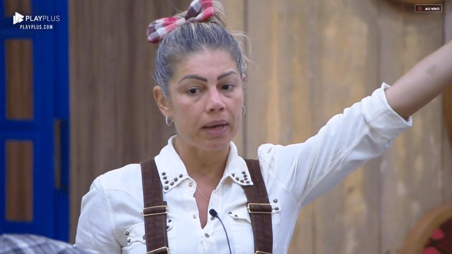 Catia Paganote se irrita com Sertanejo - Reprodução/PlayPlus