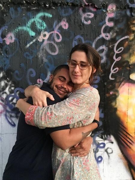 Paola Carosella com John Maia, ex-detento que se formou em projeto da jurada do MasterChef em Goiânia - Reprodução/Instagram