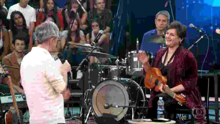 Cantora Madeleine Peyroux tem aula de palavrão no Altas Horas - Reprodução/TV Globo