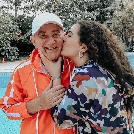 13.jan.2020 - Lívian Aragão homenageou o pai nas redes sociais - Reprodução / Instagram