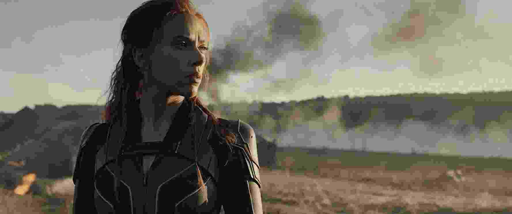 Scarlett Johansson em cena de 'Viúva Negra' - Reprodução/YouTube