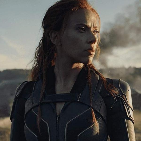 Scarlett Johansson em cena de 'Viúva Negra'; filme deve chegar aos fãs em maio de 2021