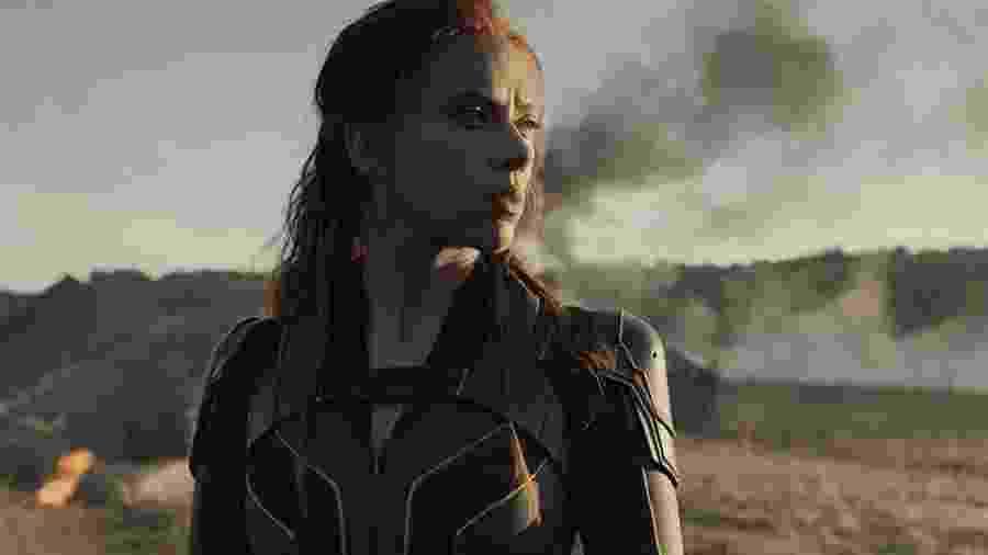 """Scarlett Johansson em cena de """"Viúva Negra"""" - Reprodução/YouTube"""