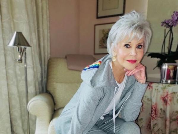 Jane Fonda tem 82 anos e muita história para contar