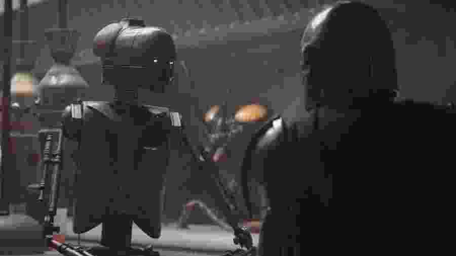 """Mark Hamill foi um droide em """"The Mandalorian"""" - Reprodução/Twitter"""