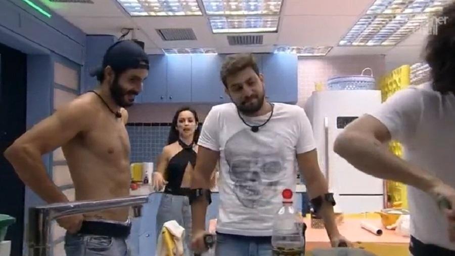 BBB 21: Rodolffo manda recado para famosos - Reprodução/Globoplay