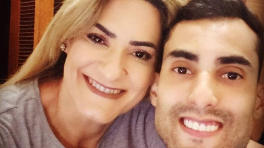 Mãe de Douglas Souza, Elizangela Salles - Reprodução/Instagram @elizangelasalles