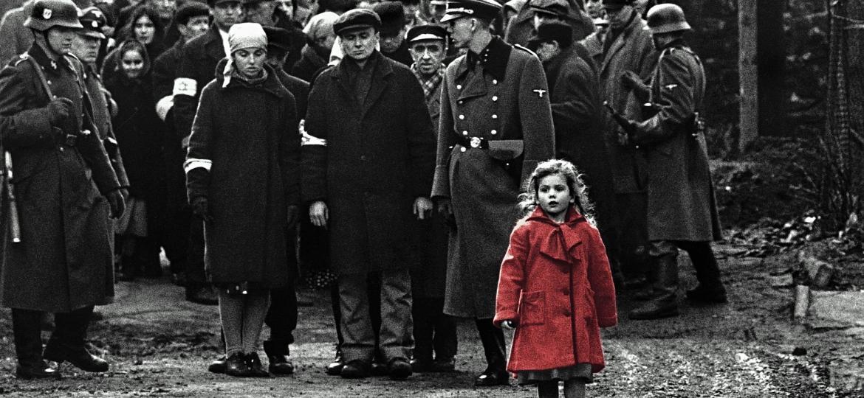 """Cena de """"A Lista de Schindler"""" (1993), que rendeu ao cineasta seu primeiro Oscar de melhor diretor - Reprodução"""