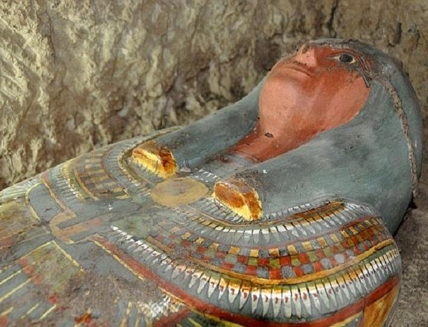 Múmia milenar encontrado por arqueólogos espanhóis no sul do Egito - AFP/Getty Images