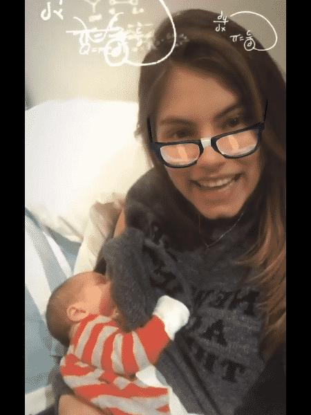 Bruma Hamú postou vídeo amamentando o filho Julio - Reprodução/Instagram - Reprodução/Instagram