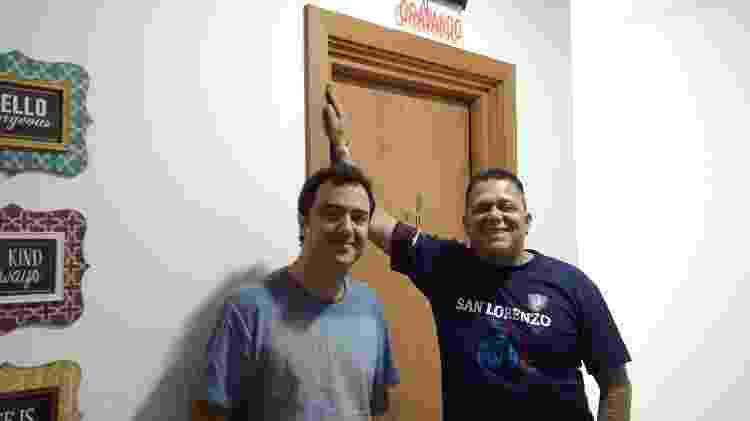 Wellington Lima (direita) é o responsável por dirigir a dublagem brasileira do anime; para Alfredo Rollo (esquerda), liberdade dada pela direção ajuda na hora de adaptar falas - Rodrigo Lara/Gamehall