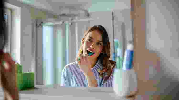 Escovar os dentes - iStock - iStock