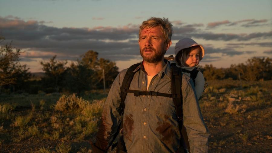 """Martin Freeman, em cena do filme """"Cargo"""" - Reprodução"""