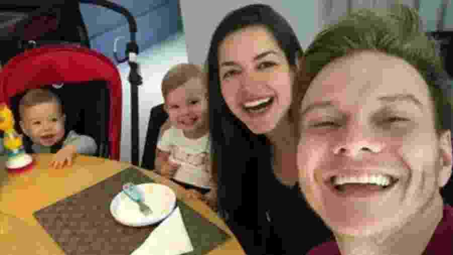Thais Fersoza e Michel Teló com os filhos, Melinda e Teodoro - Reprodução/Instagram/tatafersoza