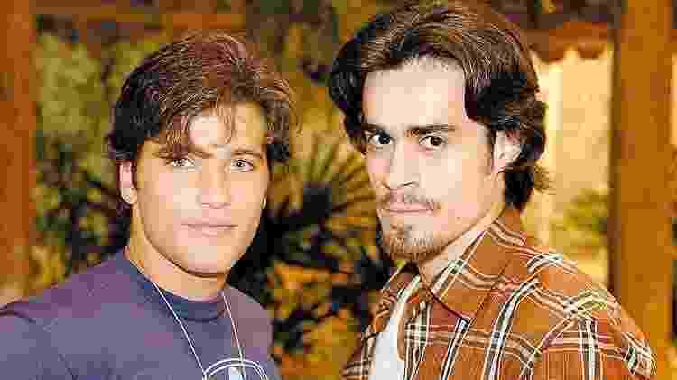 """Em """"América"""" (2005), a relação de Júnior (Bruno Gagliasso) e o peão Zeca foi bastante debatida pelo país - Divulgação - Divulgação"""