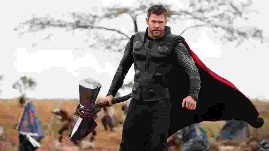"""Thor (Chris Hemsworth) em cena de """"Vingadores: Guerra Infinita"""" - Divulgação"""