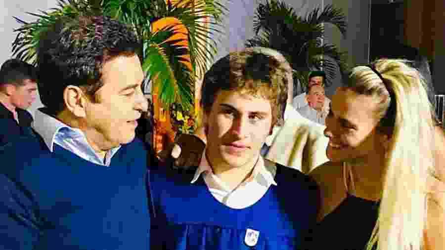 Marcos Frota com  o filho, Davi, e a ex-mulher, Carolina Dieckmann - Reprodução/Instagram