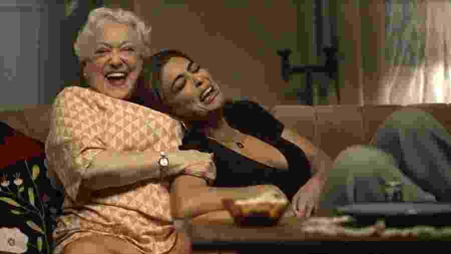 Maria da Paz se emociona ao lado de Marlene - Globo
