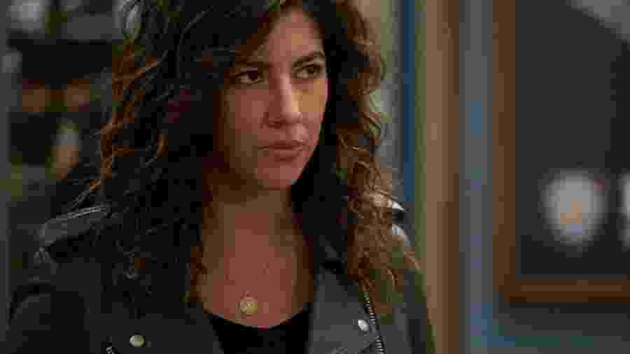 """Stephanie Beatriz como Rosa Diaz em """"Brooklyn Nine-Nine"""" - Reprodução"""