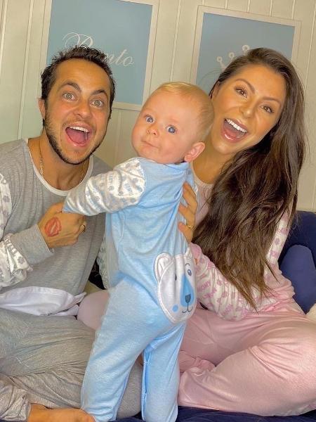 Thammy e Andressa com o filho, Bento - Reprodução/Instagram
